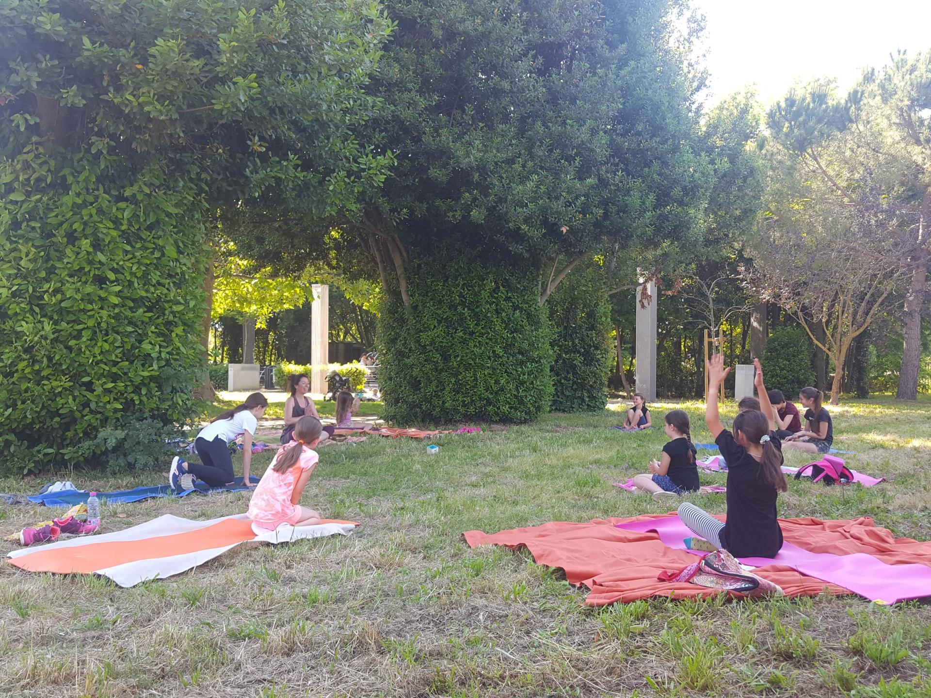yoga enfant sérignan