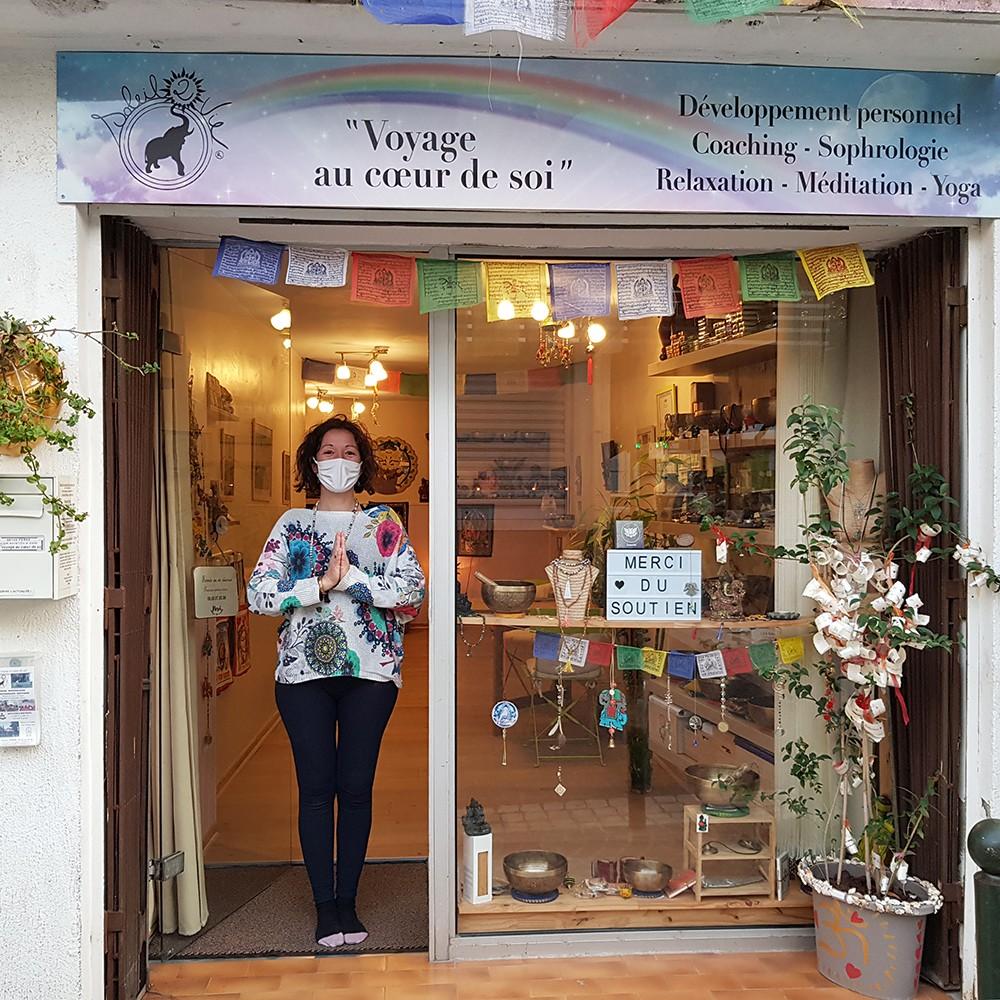 Celine devant boutique Soleil2vie