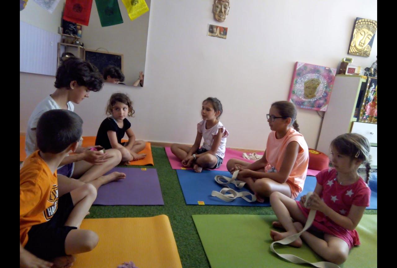 Séance de yoga et sophrologie enfants - sérignan